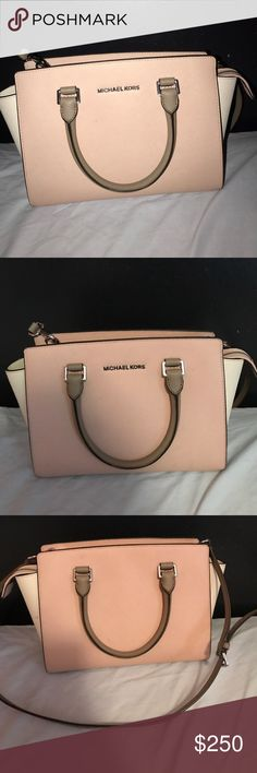 Spotted while shopping on Poshmark: Michael Kors Selma! #poshmark #fashion #shopping #style #Michael Kors #Handbags