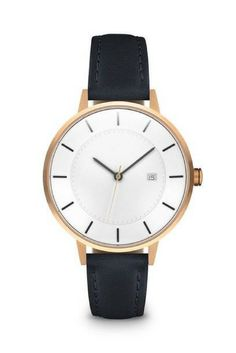 Inspired by the clean lines of the Oslo Opera House, this watch has a two-layer dial and a subtle domed glass.