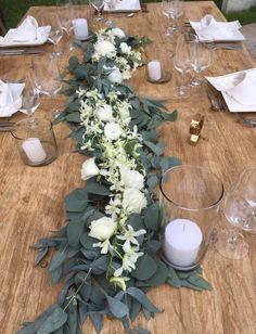 CBC306 Weddings Riviera Maya runner centerpiece with white flowers/ centro de mesa de camino con flores blancas