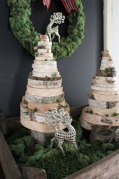 diy wood slice christmas trees, christmas decorations, crafts, diy, home decor