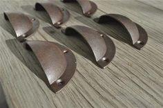 Ein Satz von 6 einfache Industrie-Gusseisen-Schublade zieht
