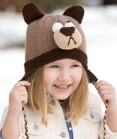 School Outfit beanie Super Cute Bashful Bear Knitted Hat [FREE Knitting Pattern] Try your hands on this cozy and cute knitted bear-inspired beanie to make your kid's back to school outfit fun. This is a handmade present a kid will love. Kids Knitting Patterns, Knitting For Kids, Free Knitting, Baby Knitting, Crochet Patterns, Beanie Babies, Baby Hats, Knit Crochet, Crochet Hats