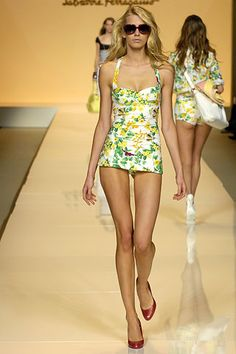 "Blairs bathing suit from the season 2 premiere of ""Gossip Girl"". I could never wear it but yellow roses? c'mon"