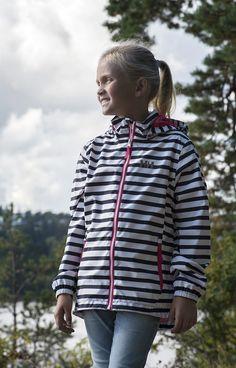 Junior girl in Helly Hansen cute jacket.  Photo by Berit Bergestig