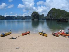 Explore #HalongTours To Get The Picture Perfect Beauty In Your Vacation
