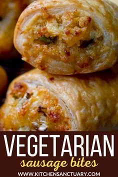 Vegetarian Sausage Rolls - I believe the meat version or the meat-free sausage rolls should be quick and easy to prepare (no more than 10 mins of prep please!), yet they should still come out of the oven golden, flaky, crispy and way better then anything you'd get from the refrigerated aisle at the supermarket. #vegetarian #vegetariansausageroll #vegetarianpartyfood #vegetarianappetizer #puffpastry Vegetarian Appetizers, Easy Appetizer Recipes, Vegetarian Recipes Dinner, Yummy Appetizers, Vegan Recipes Easy, Brunch Recipes, Vegetarian Food, Amazing Recipes, Free Recipes