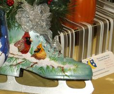 Hand painted skate by www.moonandthestars.net Painted Ice Skates, Painted Hats, Hand Painted, Christmas Craft Fair, Noel Christmas, All Things Christmas, Xmas Ornaments, Christmas Decorations, Upcycled Crafts