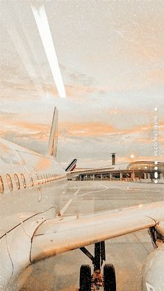 #aesthetic background iphone wallpaper tumblr Aesthetic wallpaper Beach Aesthetic, Summer Aesthetic, Travel Aesthetic, Aesthetic Vintage, Aesthetic Pastel Wallpaper, Aesthetic Backgrounds, Aesthetic Wallpapers, Photo Wall Collage, Picture Wall