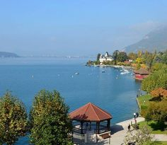LAC ANNECY.
