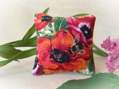 Miniature Lace Pillow Cushion For Dollhouse 112 Girl Flower Rose Floral