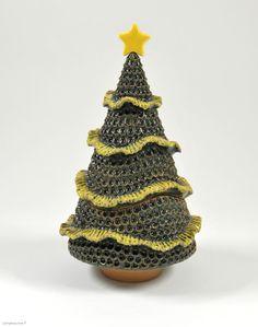 """""""PINO D'ALEPPO"""" - Albero di Natale porta cioccolatini ispirato ad una particolare varietà di conifere, il Pinus halepensis"""