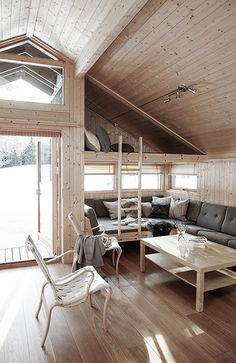 Stue med dagseng og hems in 2019 Architecture from 60 small mountain cabin plans with loft Tiny House Cabin, Tiny House Design, Cabin Plans With Loft, Cabin Interiors, Villa Design, House Rooms, Cabana, Small Spaces, Beach House
