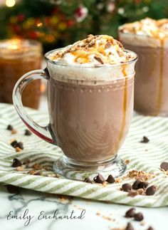 Slow Cooker Caramel Hot Chocolate with Rumchata, Hot Chocolate Recipe Crockpot Hot Chocolate, Homemade Hot Chocolate, Hot Chocolate Recipes, Rumchata Recipes, Eggnog Recipe, Alcohol Chocolate, Christmas Hot Chocolate, Xmas Food, Homemade Desserts