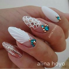 Try some of these designs and give your nails a quick makeover, gallery of unique nail art designs for any season. The best images and creative ideas for your nails. Seashell Nails, Nail Effects, Modern Nails, Mermaid Nails, Super Nails, Perfect Nails, Perfect Pink, Stiletto Nails, Coffin Nails
