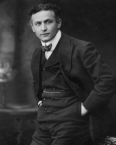 Houdini #Magic #magician #Illusion