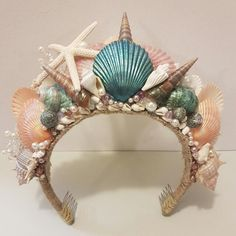 Mermaid Shell Crown Tiara Headdress, Design & Craft, Handmade Goods & Accessories on Carousell Mermaid Crafts, Mermaid Diy, Seashell Crafts, Mermaid Crowns Diy, Beach Crafts, Mermaid Costume Kids, Mermaid Halloween Costumes, Halloween Kids, Diy Baby Headbands