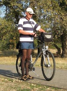 Men In Stockings, Nylon Stockings, Men Wearing Skirts, Men Dress Up, Mens Tights, Tgirls, Workout Gear, Denim Shirt, Crossdressers