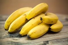 Free Image on Pixabay - Bananas, Food, Fruit, Healthy, Diet Banana Contains, Garlic Benefits, 17 Day Diet, Banana Benefits, Eating Bananas, Banana Fruit, Breakfast Smoothie Recipes, Good Foods To Eat, Healthy Foods