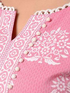 Churidhar Neck Designs, Salwar Neck Designs, Kurta Neck Design, Neck Designs For Suits, Neckline Designs, Kurta Designs Women, Dress Neck Designs, Hand Designs, Sleeve Designs