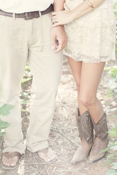 Jessica & Ryan – Southern Vintage Engagement Photography » Vintage Wedding Photography