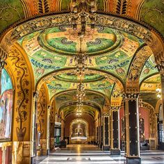 Culture Palace in Targu Mures Romania Travel, Examples Of Art, Bucharest, Borneo, Beautiful Places To Visit, Eastern Europe, Bulgaria, Hungary, Barcelona Cathedral