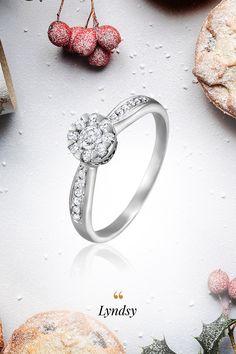 Pútavá diamantová tradícia, avšak nie v klasickom slova zmysle. Znamenite zhotovený prsteň Lyndsy s efektom veľkého diamantu, v skutočnosti tvorený viacerými menšími briliantmi spojenými do šikovnej optickej ilúzie, pohladí každú po láske túžiacu dušu. Práve láska dáva nášmu životu význam, vyrovnáva všetky aktíva a pasíva a i ťažšie obdobia sú s ňou jednoduchšie zvládnuteľné. Čas zasnúbiť sa môže byť preto práve teraz, utvrdzujú nás v tom mnohé príbehy, ktoré žijeme spoločne s vami. Engagement Rings, Jewelry, Diamond, Enagement Rings, Wedding Rings, Jewlery, Jewerly, Schmuck, Jewels