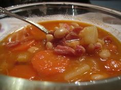 Wendys Hat: How to Make Ham and Bean Soup {Recipe}
