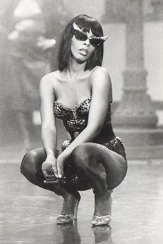 One of the HOTTEST divas of the golden DISCO era. you were my kinda woman. Rock And Roll, Pop Rock, Dance Music, My Music, Divas, Musica Disco, Foto Art, Music Icon, Feeling Loved