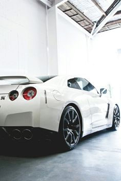 Nissan GT-R LOOKING FOR FALKEN, HANKOOK, PIRELLI, GOODYEAR, MICHELIN, BRIDGESTONE, GOODYEAR, BF GOODRICH, FIRESTONE, etc etc etc....A-N-D our prices beat Sears & Pep Boys & inc mounting, balancing, alignment, free nitrogen fill for a yr and free tire rotation for the life of the tires http://www.106sttire.com/tires