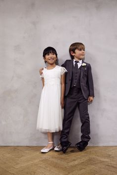 Gorgeous page boy and flower girl outfits for your perfect wedding