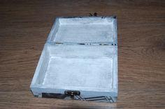 a tak wygląda wnętrze mniejszego pudełka