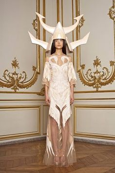 Givenchy Spring 2011 Couture by Ricardo Tisci