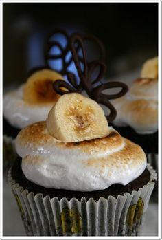 Caramelized Banana and Nutella Cupcakes