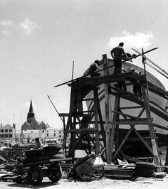 Robert Doisneau. Bateaux sur le chantier, Saint-Gilles-Croix-de-Vie. 1963