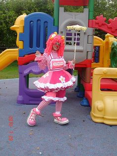 Cute Clown Costume, Cute Clown Makeup, Hot Halloween Costumes, Vintage Circus Party, Vintage Carnival, Vintage Halloween Photos, Female Clown, Clowning Around, Scary Clowns