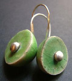 Raku ceramic and silver earrings - ALANGOO jewelry inspiration Porcelain Jewelry, Ceramic Jewelry, Ceramic Beads, Ceramic Clay, Clay Beads, Porcelain Ceramics, Clay Jewelry, Ceramic Pottery, Jewelry Art