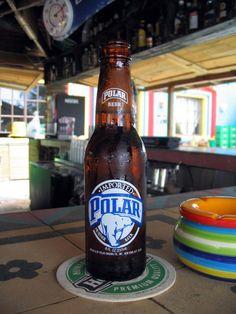 La mejor cerveza una Polar bien fría, vestida de novia