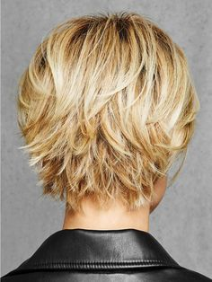 View Of All Images For Textured Fringe Bob by HairDo – Trending Hairstyles Stacked Bob Hairstyles, Short Hairstyles For Women, Hairstyles With Bangs, Bobs For Thin Hair, Thick Hair, Wigs With Bangs, Looks Chic, Short Blonde, Trending Hairstyles