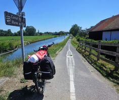 Juli_e_cycle sur la voie verte entre Neuwiller-lès-Saverne et Strasbourg. #velo #bicyclette #veloelectrique #ebike #vae #tourdefrance #cyclingtour #cyclotourisme #RestartCycleTourism #neuwillerlessaverne #voieverte #cyclingtour #juli_e_cycle #velafrica