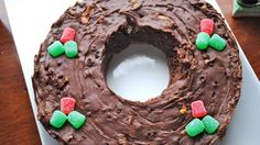Fabulous Five-Minute Fudge Wreath