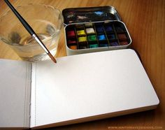 Altoids tin + watercolours = awesome! http://www.artofmanliness.com/2011/01/30/22-manly-ways-to-reuse-an-altoids-tin/