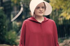 'The Emoji Movie' inserts itself into 'Handmaid's Tale' because brands are dumb . Elisabeth Moss, Margaret Atwood, Black Hat Seo, Emoji Movie, Scary Costumes, Last Minute Halloween Costumes, How To Wear Scarves, Patriarchy, Season 4