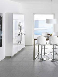 Electrodomésticos panelados Monochrome Photography, Architecture, Kitchen Dining, Dining Room, House Design, Flooring, Black And White, Interior Design, The Originals