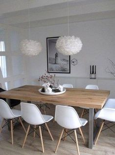 Offerta sottocosto tavolo in massello 4 sedie DSW