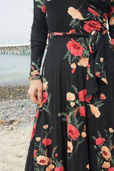 Sonnet Bohemian Dress $42    T H E   U N D E R G R O U N D                    P E A R L