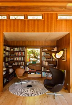 lovely den designed by Pete Bossley Architects : Waterfall Bay House located @ Waterfall Bay in Marlborough Sounds, New Zealand. (interior #3) - photos via http://flodeau.com/2011/06/pete-bossley-architects-waterfall-bay-house/#