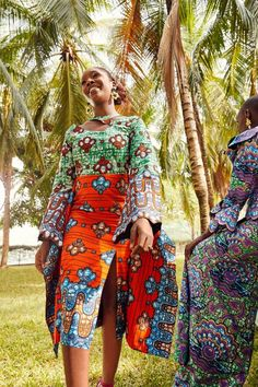 vlisco : Celebrating Togetherness By Style Temple South African Dresses, African Shirt Dress, African Print Dresses, African Wear, African Fashion Dresses, African Women, African Outfits, African Prints, African Style