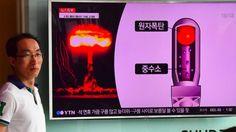 Ciudadanos en Seúl escuchan las noticias sobre el terremoto en Corea del Norte. La noticia del terremoto, causado por un ensayo nuclear de Corea del Norte, fue seguida de muy cerca en Seúl.