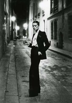 le smocking by YSL by Helmut Newton