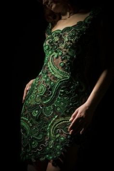 This green lace dress, is a perfect delight. The almost forest green color is strong, but with the lace, and embellishments, they soften the entire look by far. Fashion Week, Look Fashion, Womens Fashion, Diy Fashion, Fashion Shoes, Green Lace Dresses, Green Dress, Paisley, Green Fashion